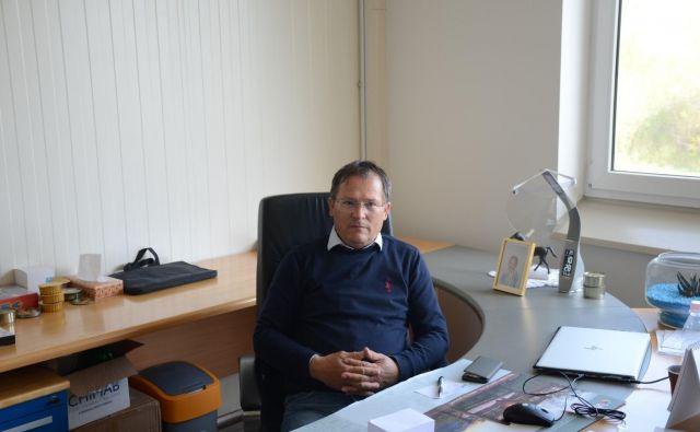 Miroslav Flisar, lastnik družbe Osem, ima kljub koronakrizi zapolnjene proizvodne kapacitete. Foto Sobotainfo