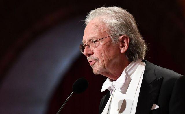 V novem slovenskem prevodu je ponovno izšel eden najlepših romanov Nobelovca Petra Handkeja,<em>Žalost onkraj sanj</em>. Foto Afp