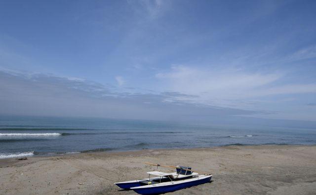 Plaže po Italiji samevajo, na njih pa bodo tudi poleti prevladovali domači obiskovalci. FOTO: Alberto Lingria/Reuters