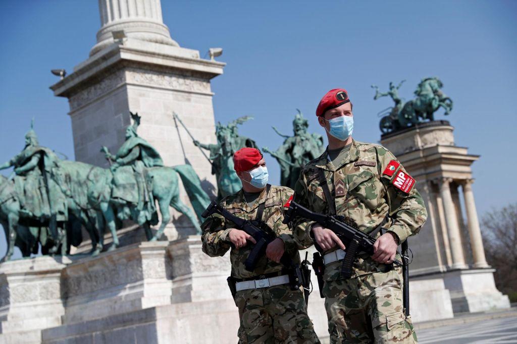 Ugrabitev oblasti kot odgovor na covid-19 ogroža evropske ideale
