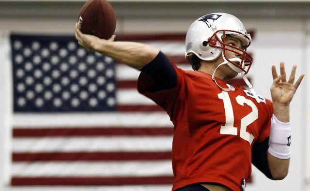 Ker je Tom Brady pravi ameriški domoljub, bo od zdaj naprej ubogal ukaze oblasti. FOTO: Reuters