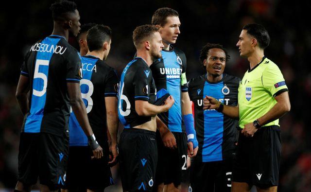 Brugge še ni belgijski prvak, a tudi če se bo prvenstvo nadaljevalo, tekmeci preveč zaostajajo, da bi mu preprečili slavje. FOTO: Reuters