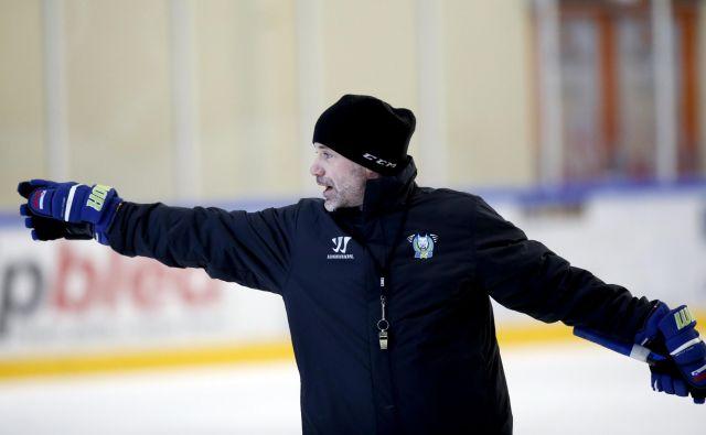 Podobno ambiciozno kot nazadnje vodenja slovenske reprezentance se bo Ivo Jan lotil tudi vloge glavnega trenerja Olimpijinih hokejistov. FOTO: Roman Šipić/Delo