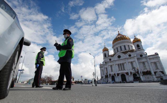 V Moskvi je mogoče voziti avtomobil le s posebnim dovoljenjem. Foto: Reuters