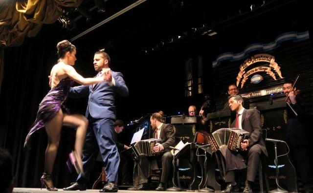 Argentinski tango v gledališču La Ventana. FOTO: Manca Ogrin