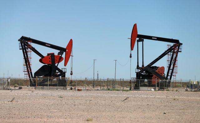 Proizvodnja nafte s hidravličnim lomljenjem je pod pritiskom zelo nizkih cen. FOTO: Reuters