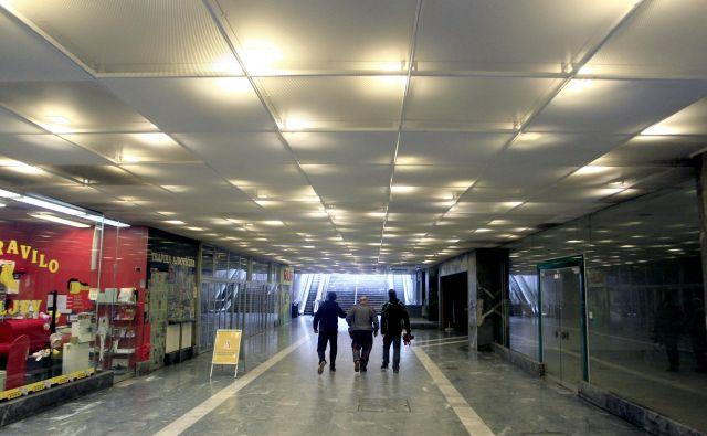 Podhod Ajdovščina je že več kot desetletje zapuščen prostor. Foto: Roman Šipić
