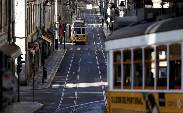Portugalska mesta naj bi turistično začela utripati septembra, ko bodo morda odprli hotele. Foto Reuters