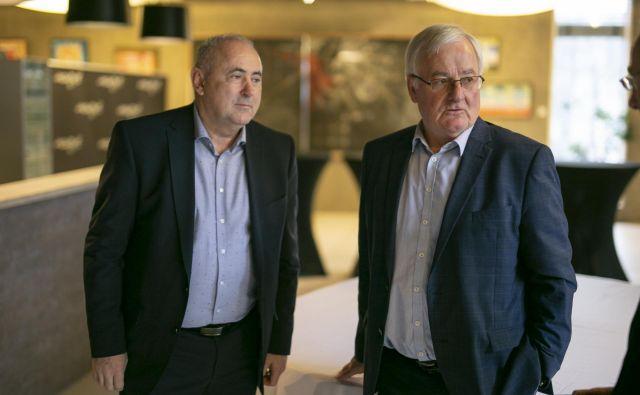 Radenko Mijatović, sedanji predsednik NZS, in Rudi Zavrl, režiser prvih velikih uspehov v samostojnosti. FOTO: Jože Suhadolnik/Delo