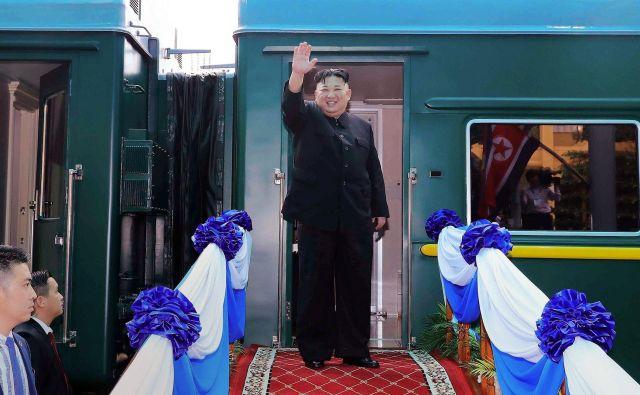 Kim Džong Un je šibkega zdravja, jasnega naslednika pa nima. FOTO: AFP