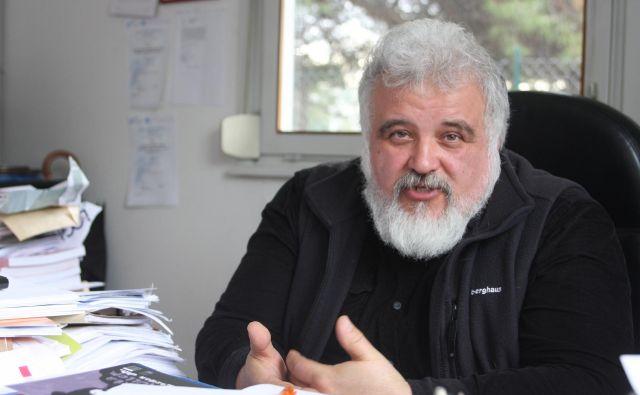 Zdravnika Milana Kreka mora za direktorski položaj potrditi le še vlada, potem bo lahko nastopil mandat. Foto: Boris Šuligoj