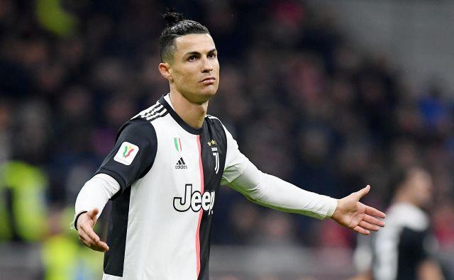 Juventus s Cristianom Ronaldom ima v serie A točko prednosti pred Laziom. FOTO: Reuters