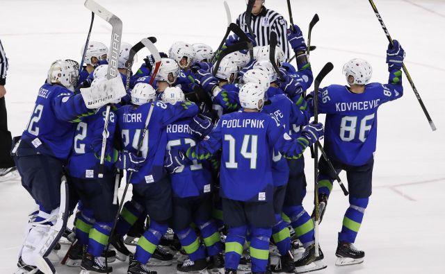 Kdaj in kje bo slovenska hokejska reprezentanca naskakovala uvrstitev na svetovno prvenstvo skupine A, še ni znano. FOTO: Reuters