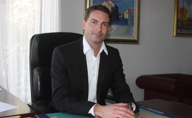 Sebastjan Selan, nekdanji obveščevalec, pravi, da resno razmišlja o vstopu v politiko. FOTO: Boris Šuligoj