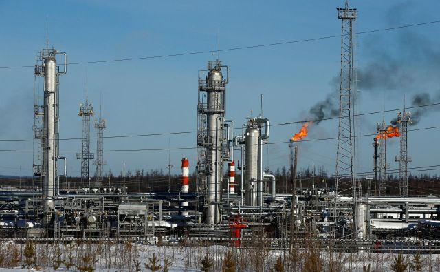 V Rusiji je bila danes pomembna novica, da so se začele svetovne cene nafte višati. FOTO: Reuters
