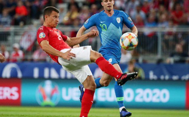 Slovenski reprezentant Miha Zajc je član turškega nogometnega velikana Fenerbahčeja. FOTO: Reuters