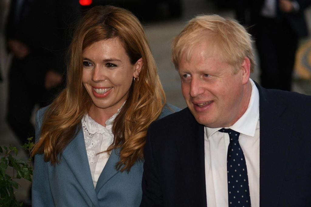 Britanski premier Boris Johnson dobil šestega otroka