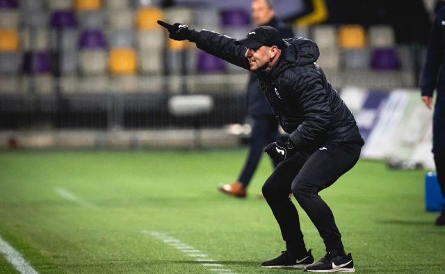 Ob trenerju Dejanu Grabiću ima Darjan Šuštar veliko ustvarjalne svobode. FOTO: NK Bravo