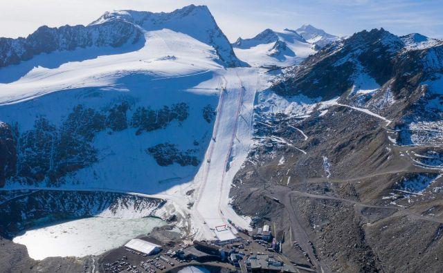Ledenik nad tirolskim smučarskim središčem Söldnom bo že naslednji teden zasedla avstrijska reprezentanca v alspkem msučanju. FOTO: AFP
