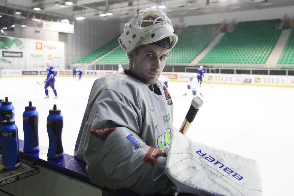 Le Gašper Krošelj s pogodbo za novo sezono