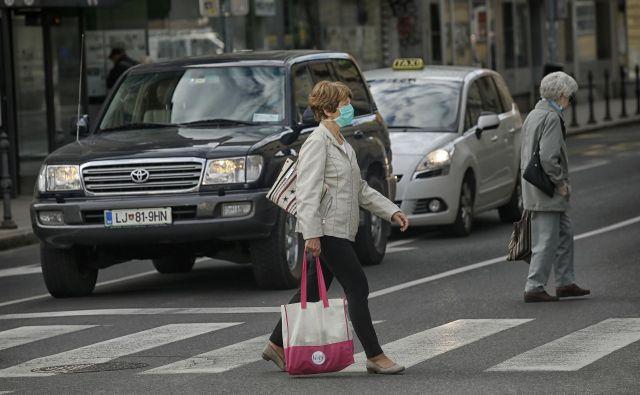 Ponedeljkovo dopoldne v Ljubljani. FOTO: Blaž Samec/Delo