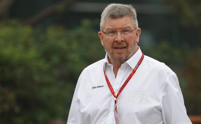 Ross Brawn je predstavil dogovor med moštvi in FIA. FOTO: Reuters