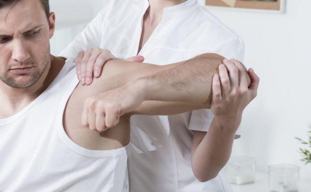 Zgodnja fizioterapija pomembno vpliva na končni rezultat rehabilitacije. FOTO: Shutterstock