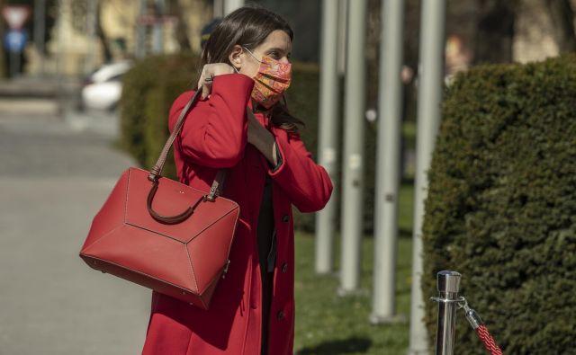 Prihod v parlament v času epidemije. Foto Voranc Vogel