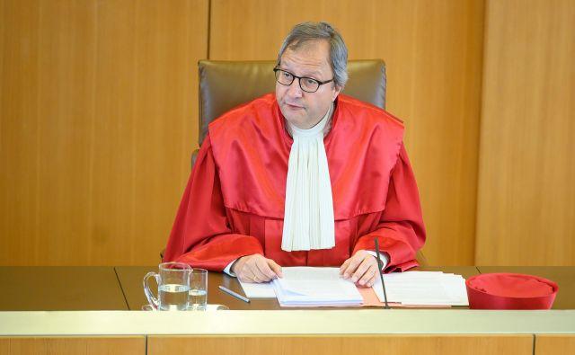 Andreas Voßkuhle, predsednik ustavnega sodišča, je ECB pozval, naj v treh mesecih dokaže, da je bil program odkupa obveznic učinkovit.<br /> Foto AFP