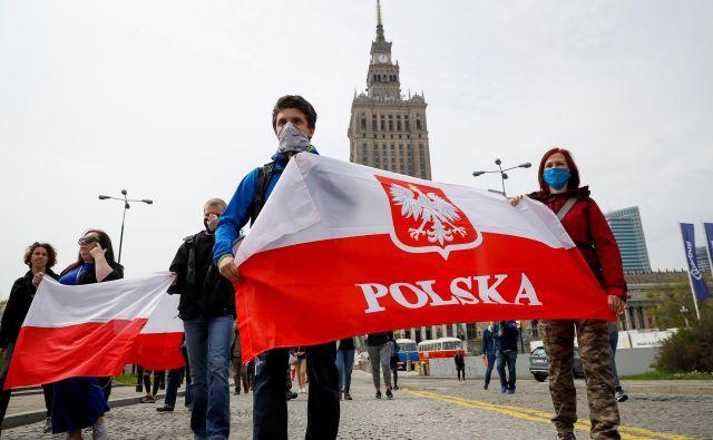 V državah brez demokratičnih temeljev je na kocki prihodnost demokracije, Poljska pa je na meji tega. FOTO: Reuters