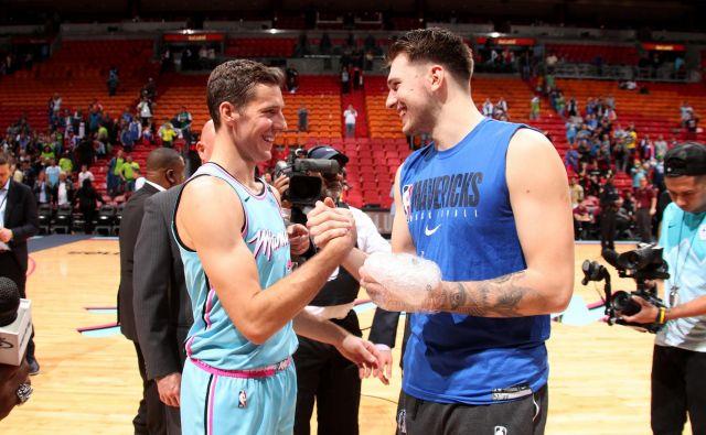 Slovenski veteran v NBA Goran Dragić bo na Floridi najbrž že v ponedeljek omejeno vadil v dvorani pod nadzorom trenerjev, Luka Dončić pa v Ljubljani še čaka na navodila iz Dallasa. FOTO: Reuters