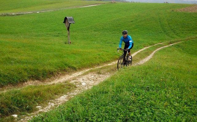 Najpomembnejši del kolesa med spustom je naš razum. FOTO: M.B.C.