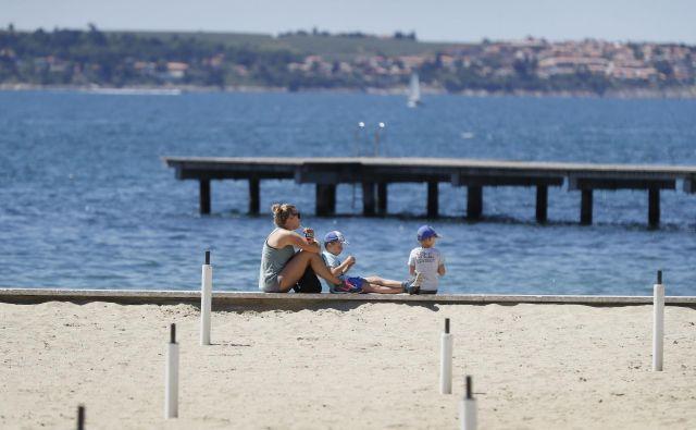Bo ta konec tedna že znanilec prihajajoče poletne sezone?FOTO: Leon Vidic/Delo