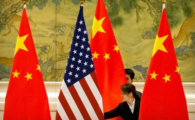 Čeprav je nezaupanje med ZDA in Kitajsko na najvišji ravni po letu 1979, sta obe strani sklenili, da se morata pogovarjati. FOTO: Reuters