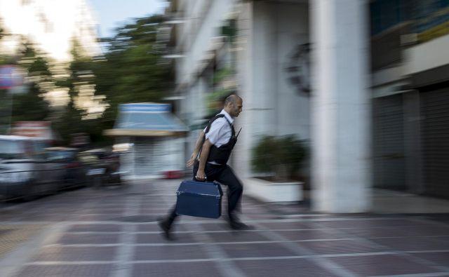 Na gibkem zahodu, kjer mislijo na delavca in, roko na srce, pametno na stroške, bi rekli: stari blabla ali spet nič novega. FOTO: Marko Djurica/Reuters