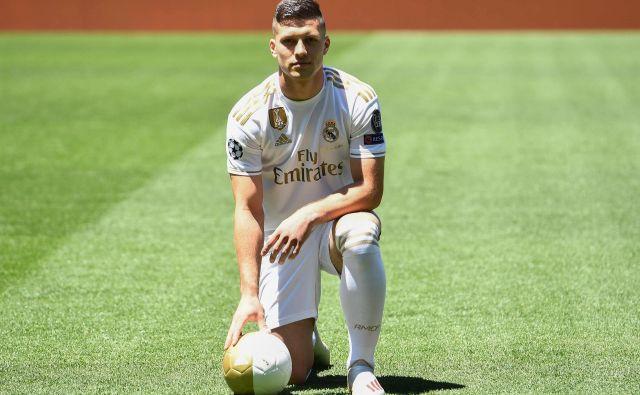 Luka Jović si je zlomil eno od kosti v desnem stopalu. FOTO: AFP