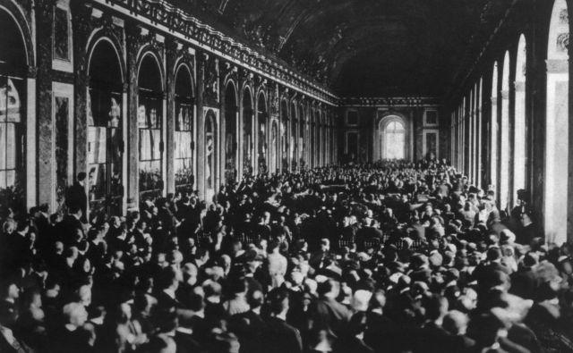Mirovna pogodba iz leta 1919 je zagotavljala nadaljevanje vojne, tudi drugo svetovno vojno, hladno vojno po letu 1945 in navsezadnje vse obdobje neoliberalizma. Foto Shutterstock
