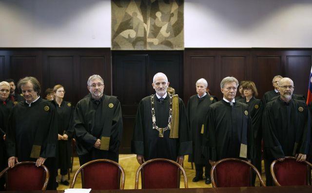 Na vrhovnem sodišču so presenečeni nad subjektivnim dopisom zunanjega ministra Anžeta Logarja, ki ga je ta naslovil na Evropsko komisijo. FOTO: Blaž� Samec