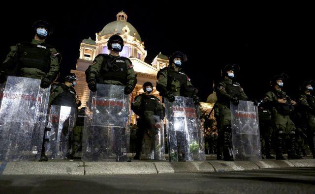 Protesti v Beogradu. Foto Oliver Bunic Afp