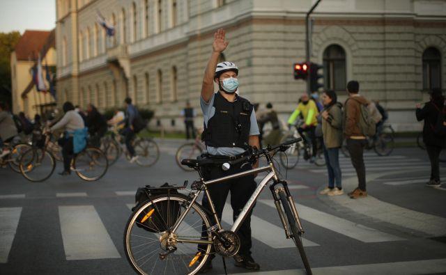 Klub slovenskih biciklistov Ljubljana ni bil ustanovljen le zaradi posebne ljubezni do kolesarstva. FOTO: Jure Eržen