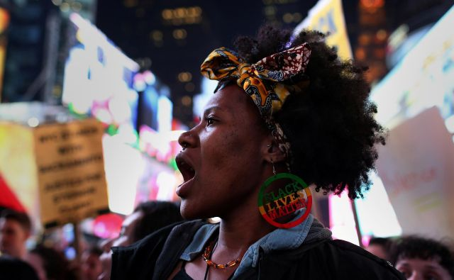 Protesti konec marca v New Yorku zaradi smrti Stephona Clarka v kalifornijskem Sacramentu
