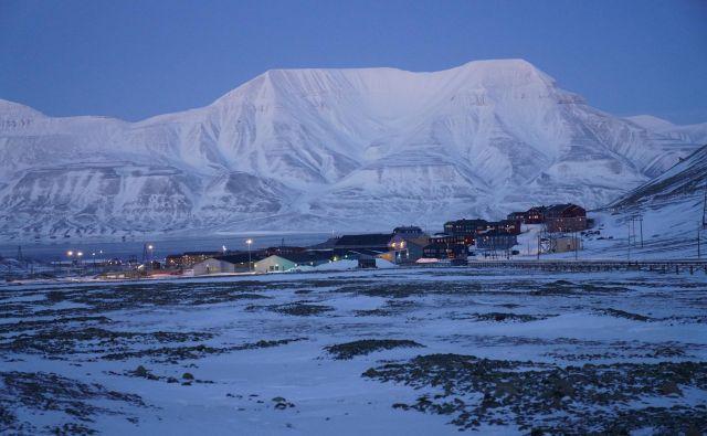 Mestece Longyearbyen ima okrog 2100 stalnih prebivalcev. FOTO: Riccardo Gangale/Globalna semenska banka