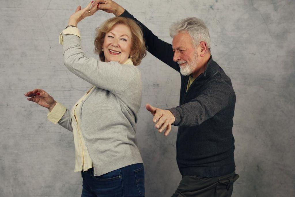 Tudi ples za dobro počutje in zdravo starost
