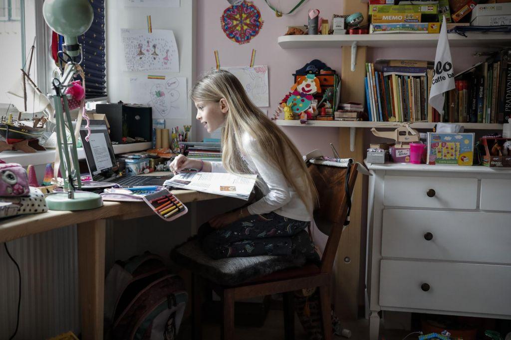 FOTO:Odsluženi računalniki v epidemiji dobivajo novo življenje
