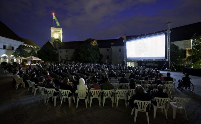 Prikazovalcem vlivajo optimizem bližajoče se poletje in možnosti kina na prostem. Foto arhiv Kinodvora