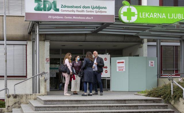Prednost Slovenije pri spopadanju z epidemijo je po besedah strokovne direktorice ZD Ljubljana javno zdravstvo. Foto: Voranc Vogel