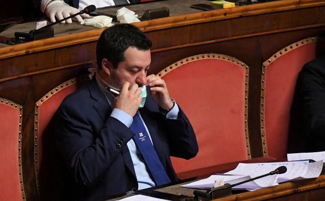Voditelj Lige Matteo Salvini izgublja popularnost. Grožnja pa ne prihaja od številnih nasprotnikov, temveč iz lastnih vrst. Foto Reuters