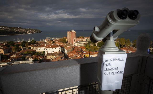 Enak status, kot ga bosta v pokrajinskih delitvi imela Ljubljana in Maribor, bi želel tudi Koper. Foto Jože Suhadolnik
