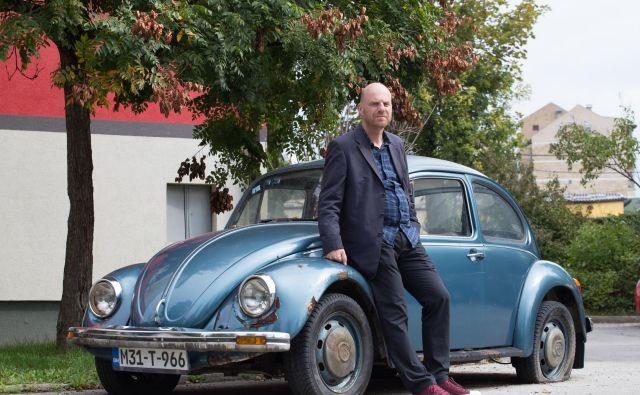 Damir Ovčina je napisal izjemen avtobiografski roman. FOTO: Promocijsko gradivo