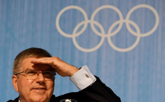 Predsednik MOK Thomas Bach si ne beli glave zaradi dodatnih stroškov ob preložitvi iger v Tokiu. FOTO: AFP